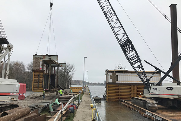 Lock and Dam 15, Mississippi River Refacing